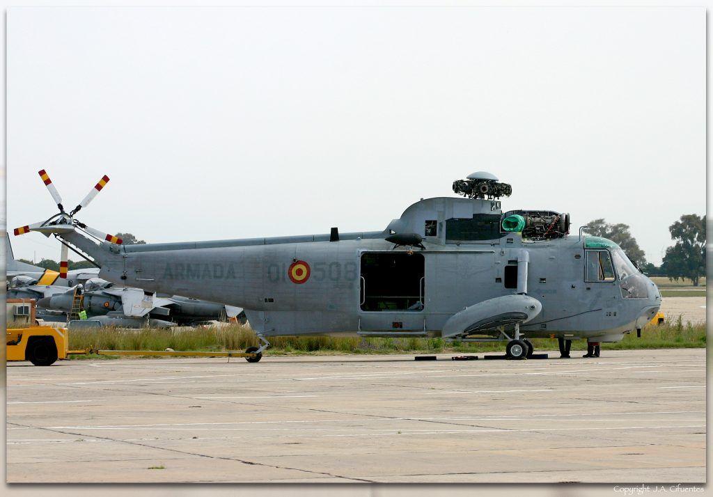 Sikorsky SH-3D/H de la Quinta Escuadrilla de la Armada.