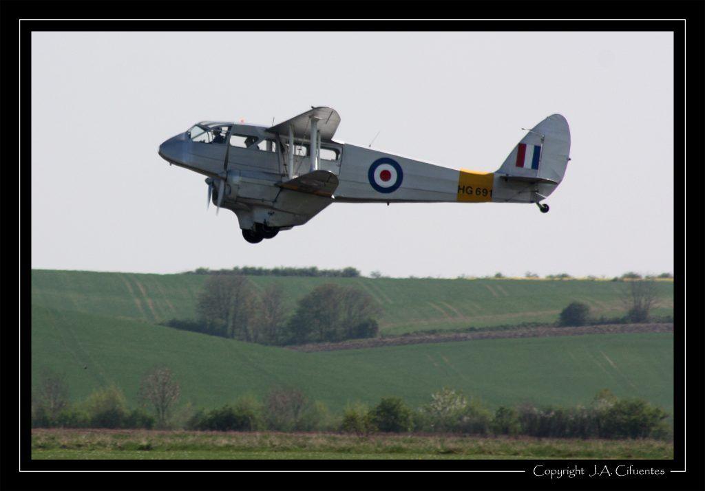 De Havilland DH.89A Dragon Rapide (HG691)