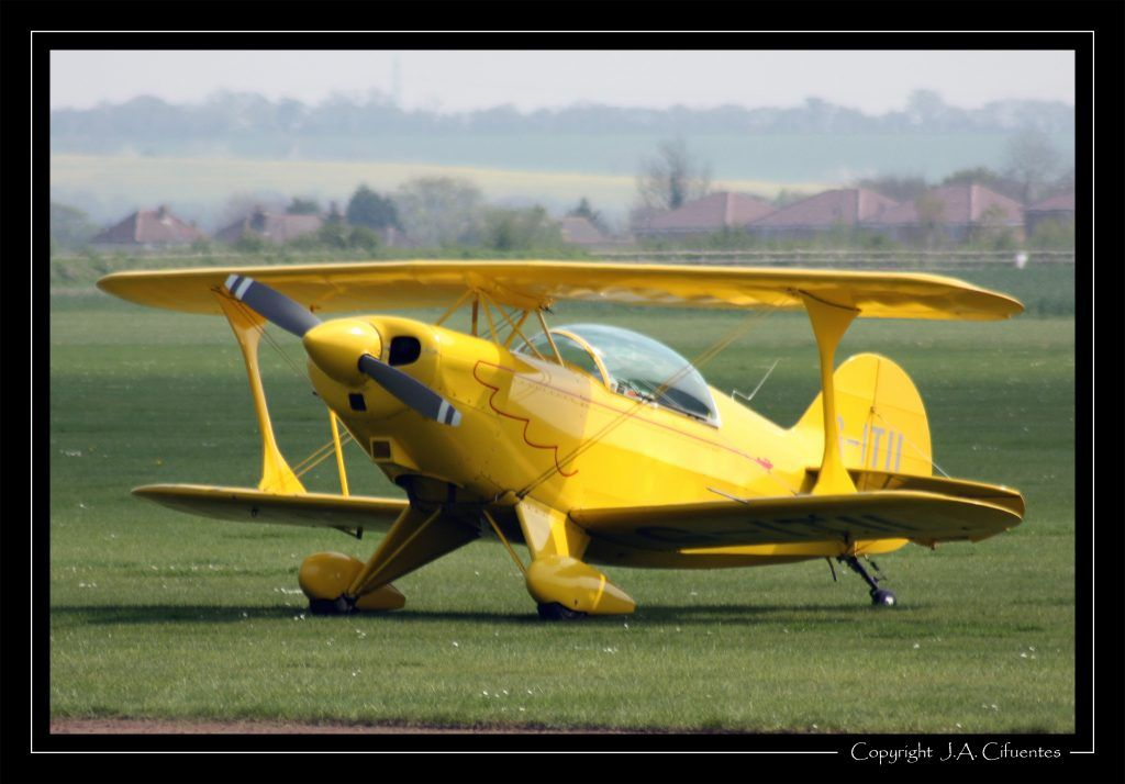 Pitts S-2A Special (G-ITII).