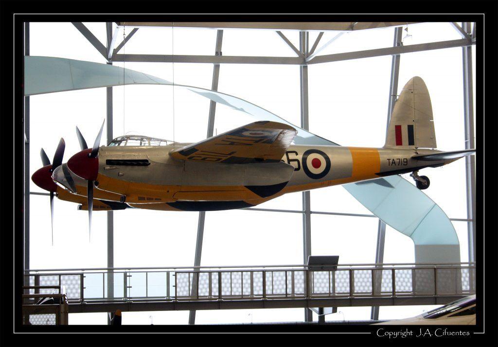 De Havilland DH 98 Mosquito.