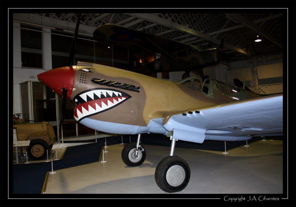Curtiss Kittyhawk IV.