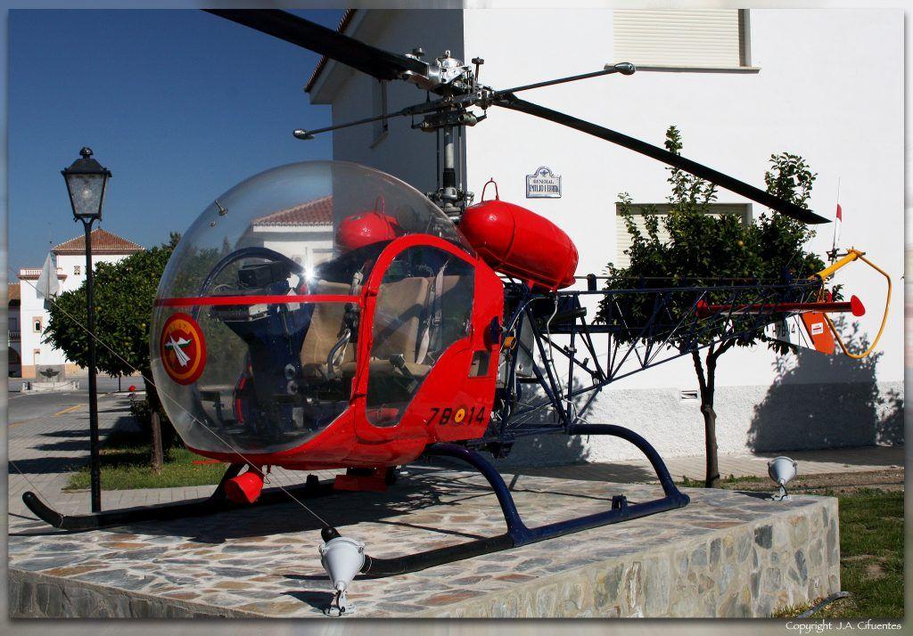 Monumento al Bell 47-G.