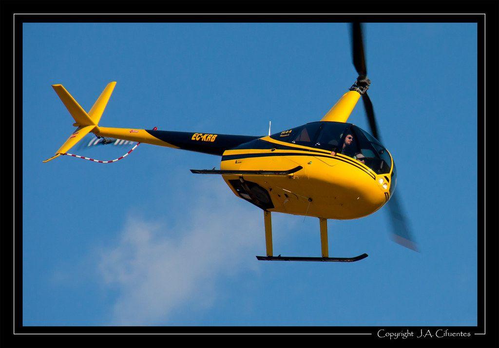 Robinson R44 Raven (EC-KRB).