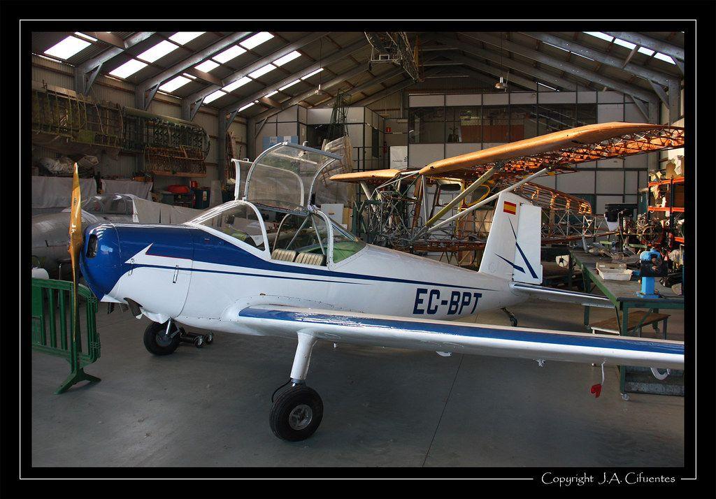 AISA I-11B Peque (EC-BPT).
