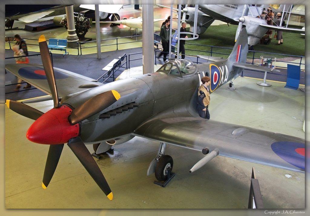 Supermarine Spitfire - FRXIVe.