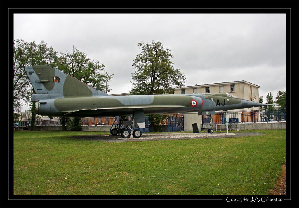 Dassault Mirage IV.