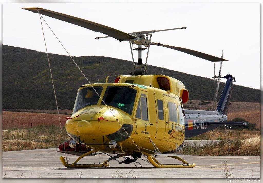 Bell 212 Twin Two-Twelve (EC-EEQ) de INAER.