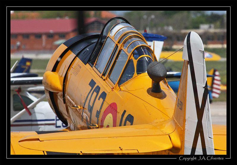 T-6 Texan - 28
