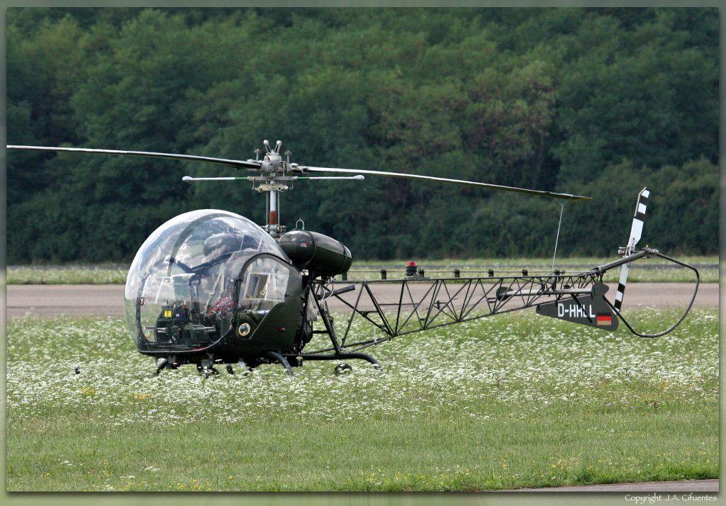 Bell 47 (D-HHLL).