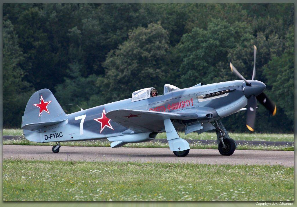 Yakovlev Yak-3UA (D-FYAC).