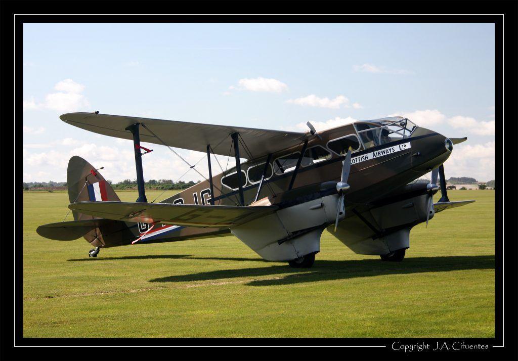 De Havilland DH.89A Dragon Rapide (G-AGJG).
