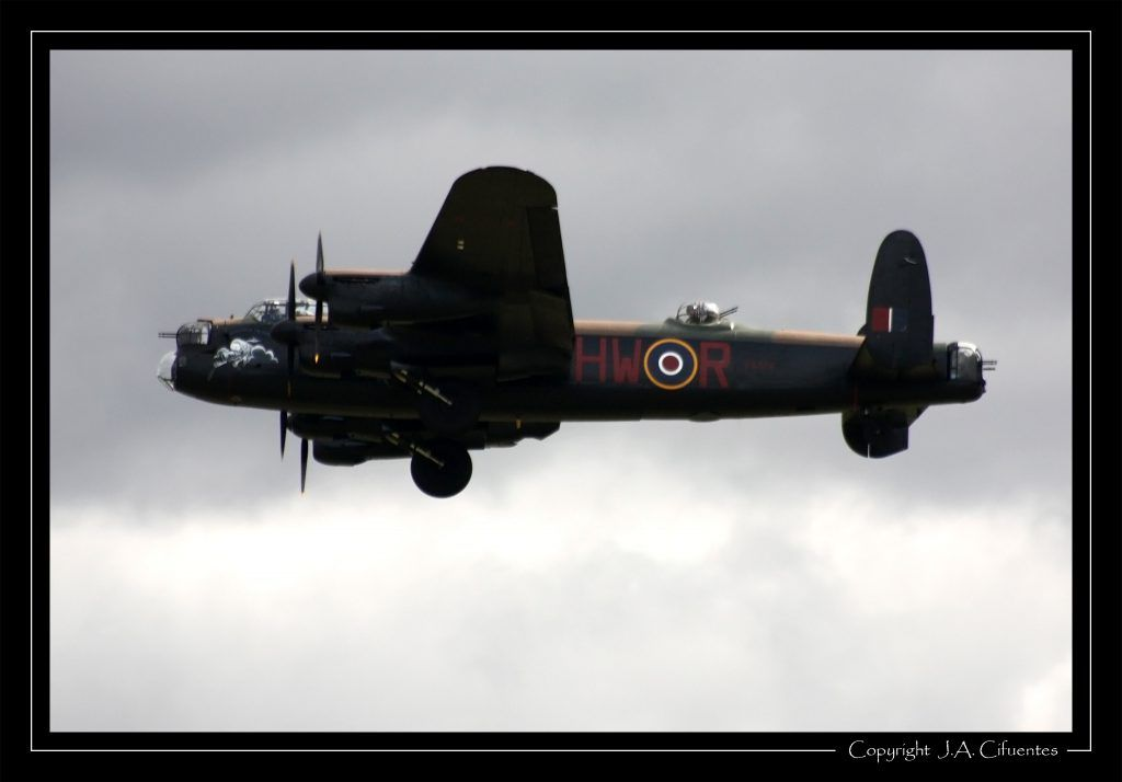 Avro 683 Lancaster.