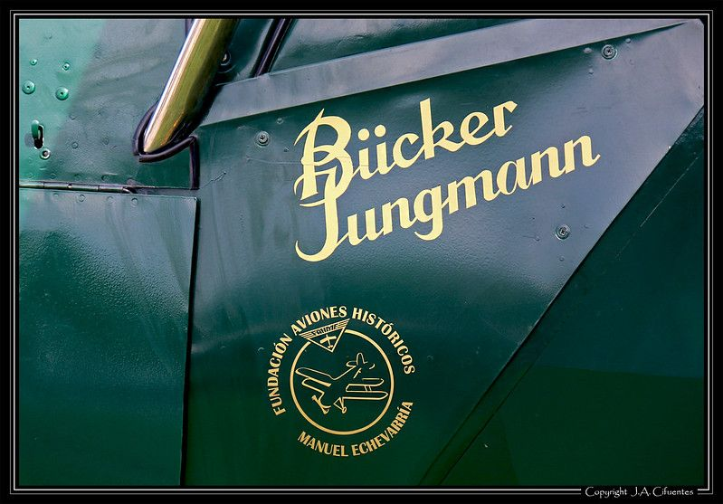 Bücker Bü-131 Jungmann (EC-XKL).