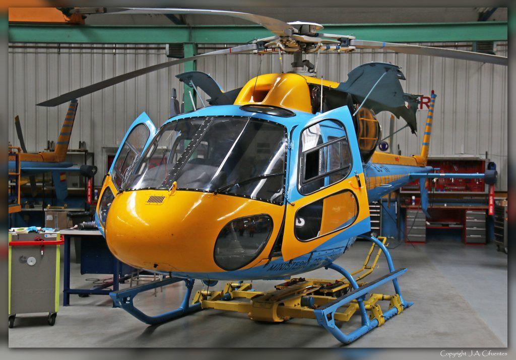 Eurocopter AS355/NP Ecureuil 2.