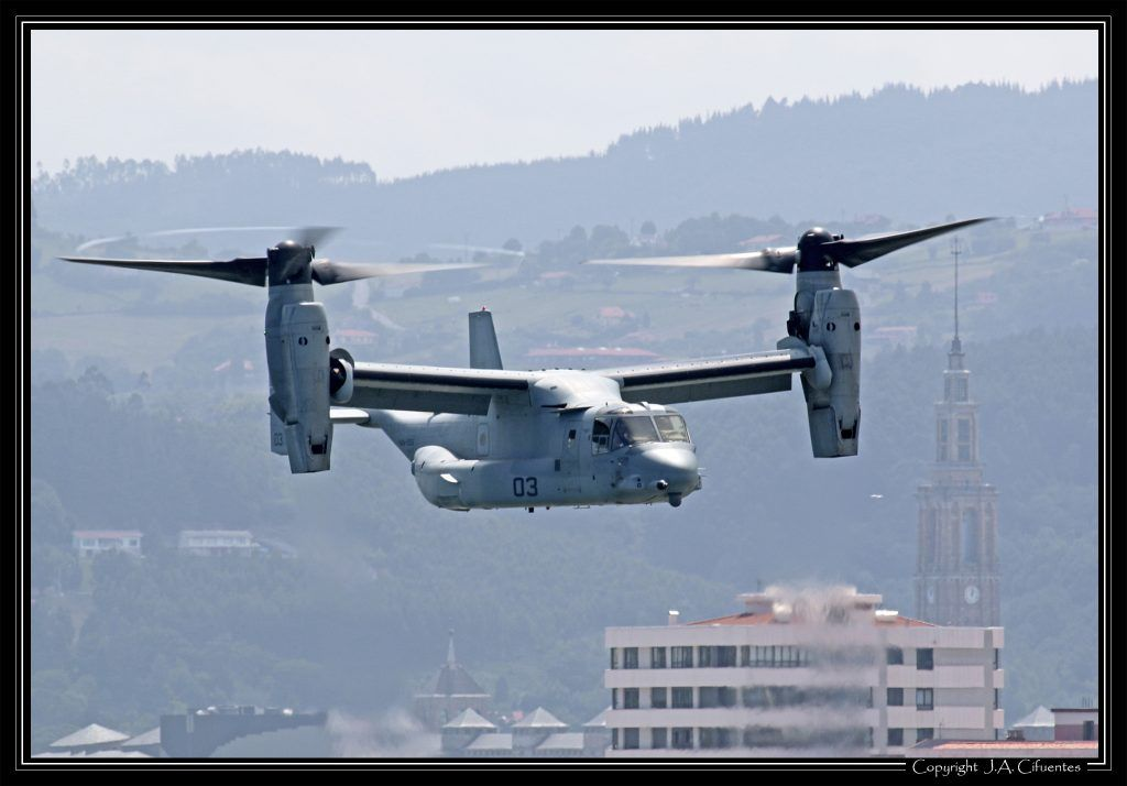 Bell-Boeing V-22 Osprey del USMC.