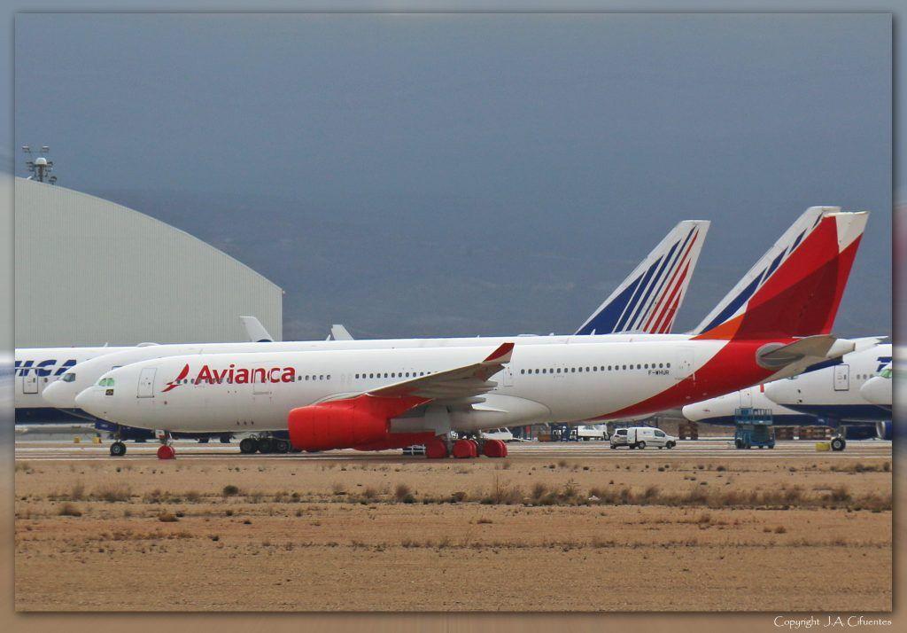 Airbus A330-243 (F-WHUR) de Avianca.
