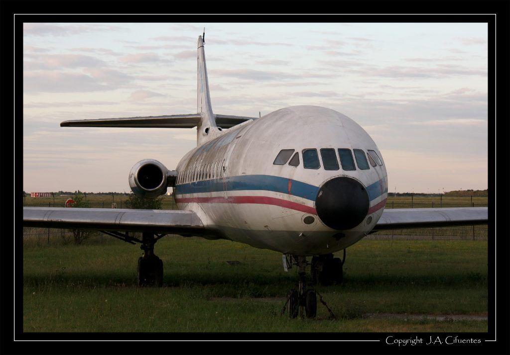 Sud Aviation SE 210 Caravelle (YU-AHF).