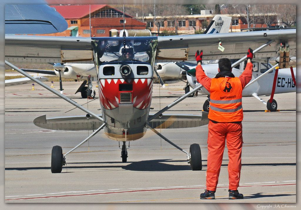 Cessna L19 Bird Dog (EC-MAB).