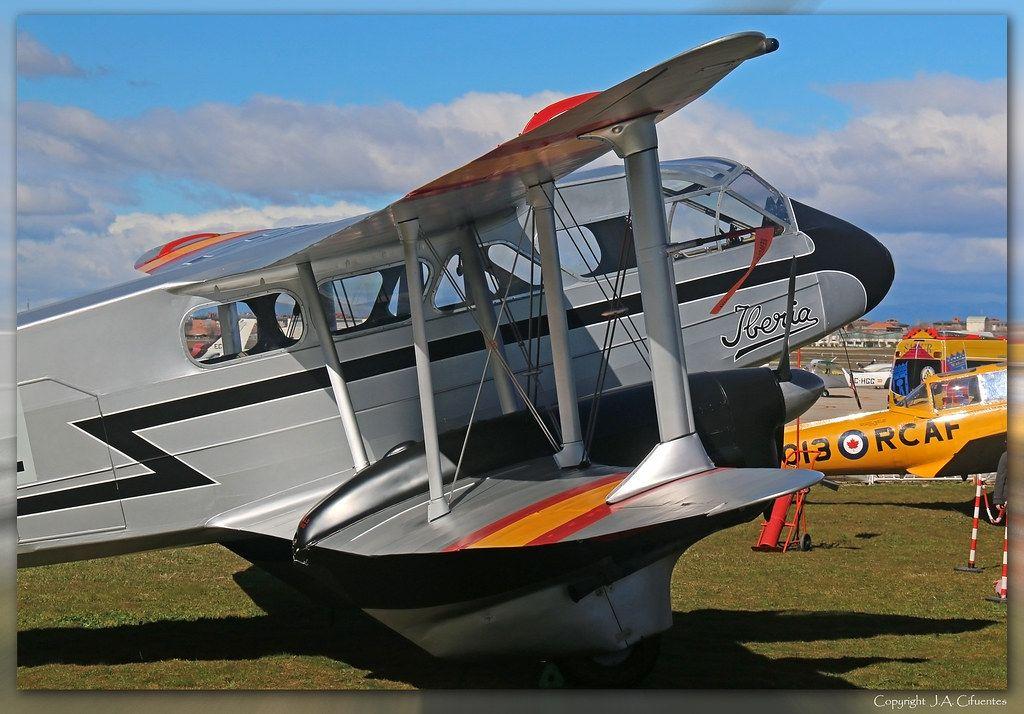 De Havilland DH-89 Dragon Rapide 16