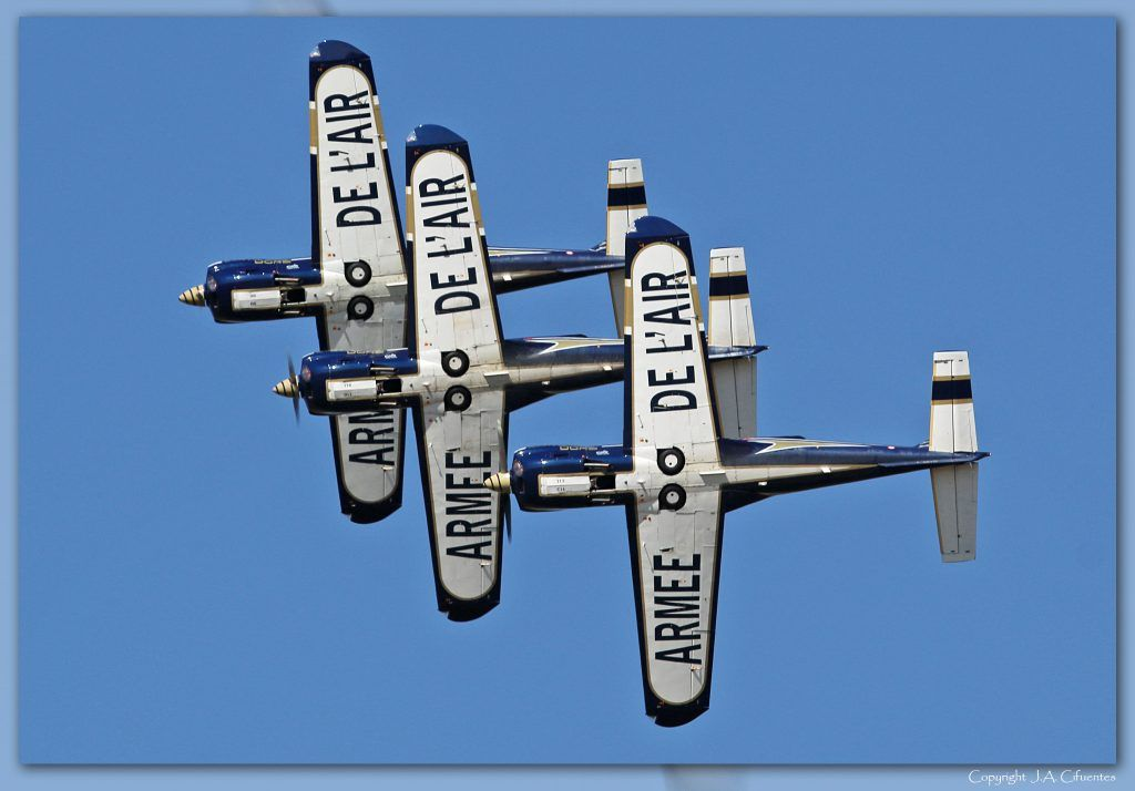 Socata TB-30 Epsilon de los Cartouche Doré de l'Armée de l'Air.