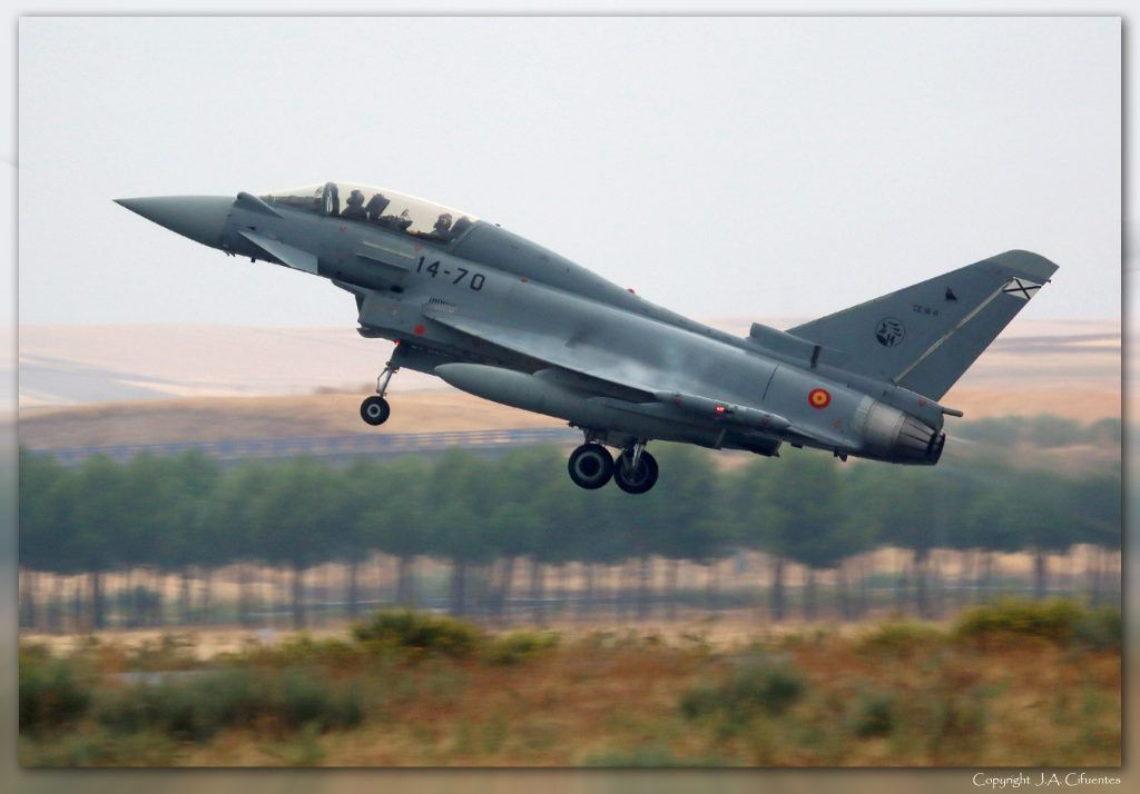 CE.16-11 - EF-2000 Eurofighter Typhoon.