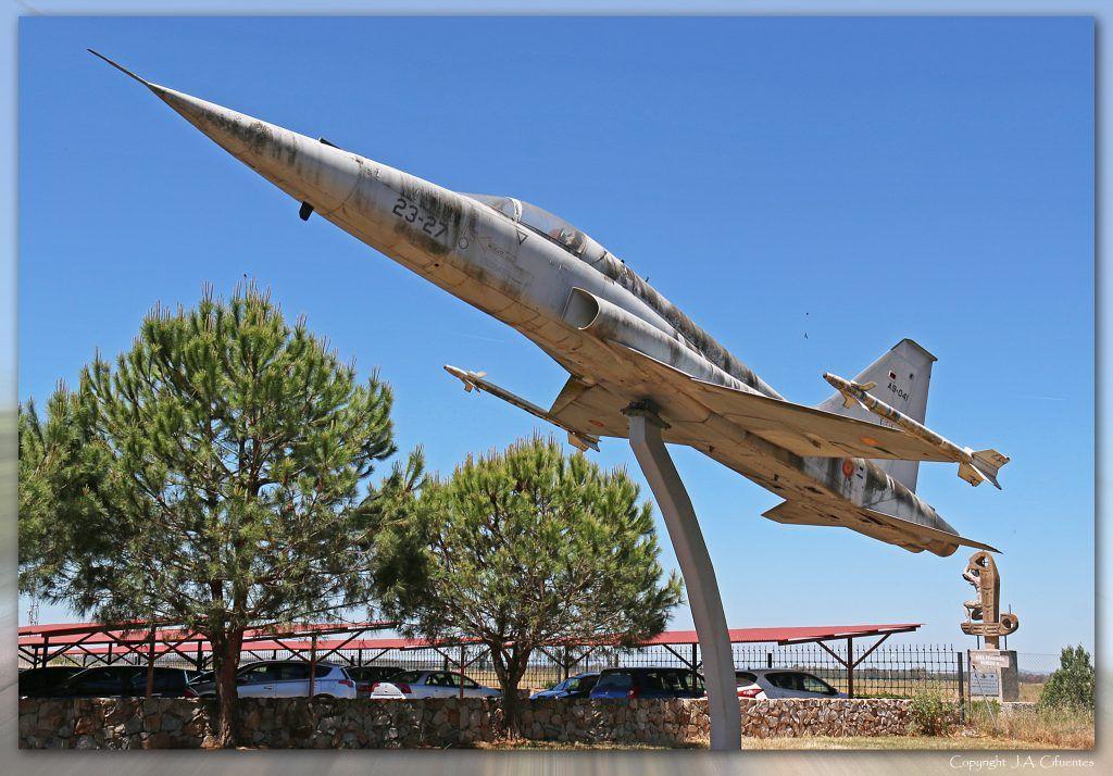 Northrop F-5A.