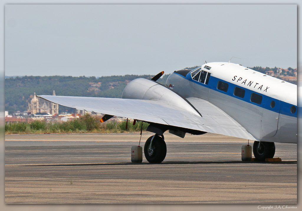 Beechcraft 18 C-45 H de la Fundación Infante de Orleans.