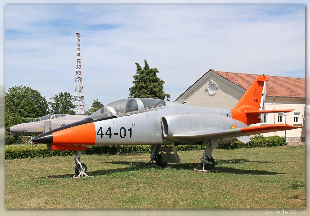 "CASA C-101 ""Aviojet"". Prototipo XE-25.02."