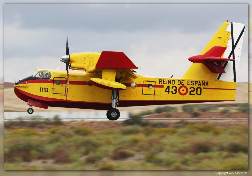 UD.13-20 (cn 1113) Canadair CL-215T del Ejercito del Aire.