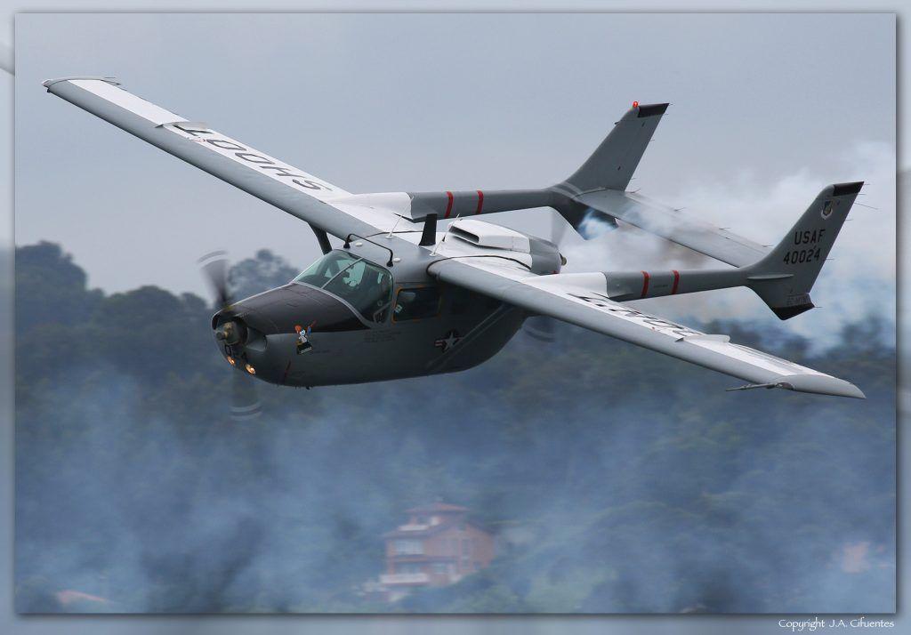 Cessna Skymaster.