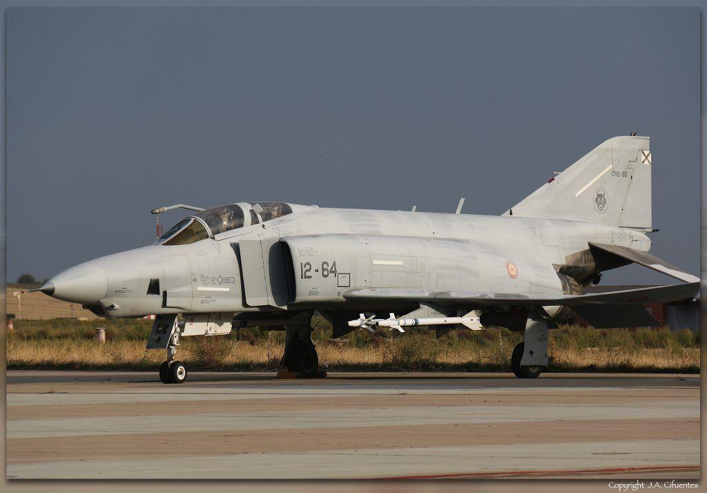 CR.12-55 / 12-64 McDonnell Douglas RF-4C Phantom II