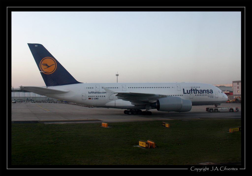 Airbus A380-841 (D-AIMD) de Lufthansa.