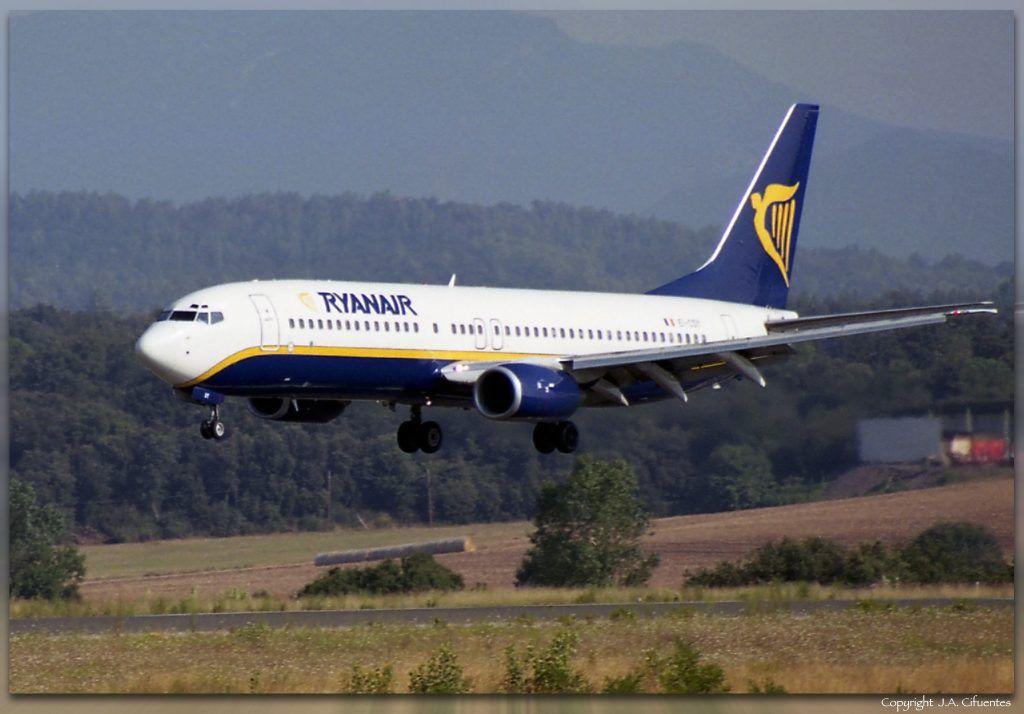 Boeing 737-8AS (EI-CSI) de Ryanair.