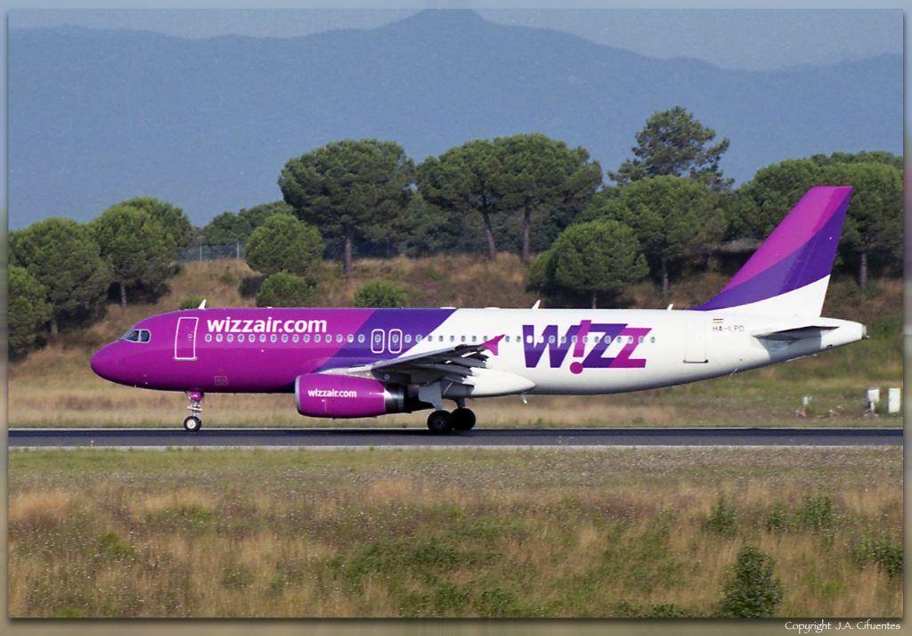 Airbus A320-232 (HA-LPD) de Wizz Air.