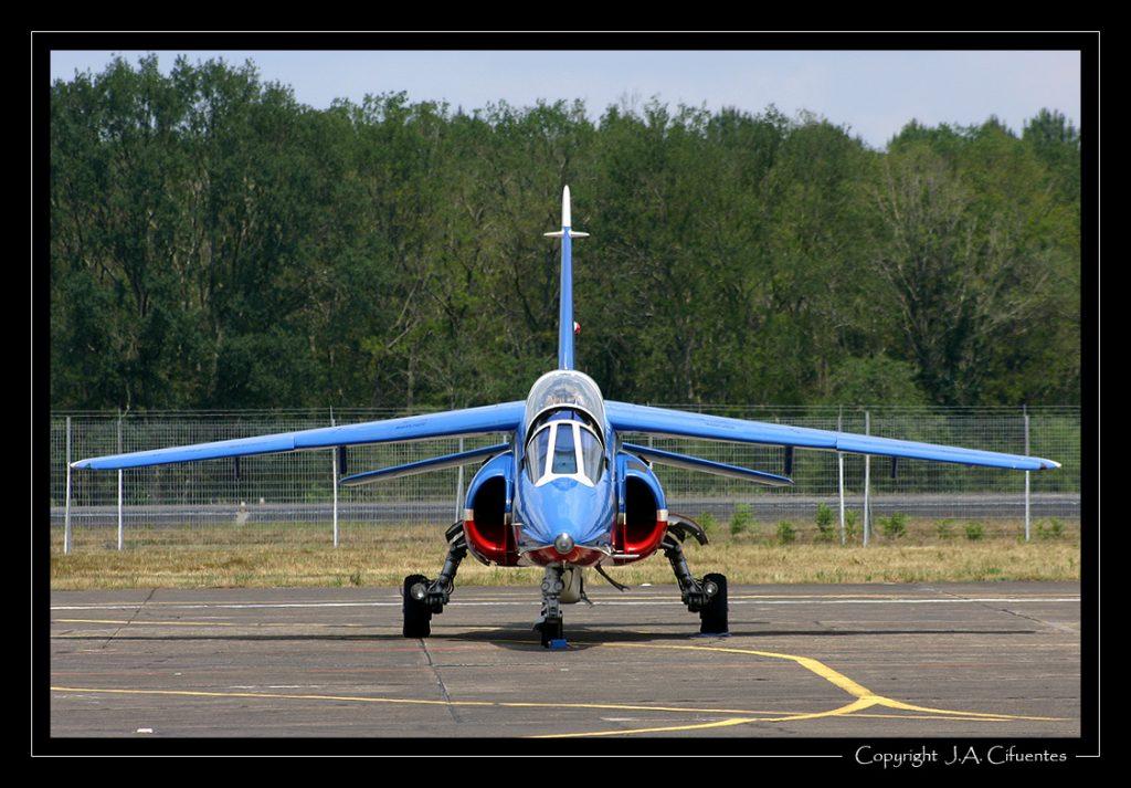 Dassault-Breguet/Dornier Alpha Jet de la Patrouille de France.