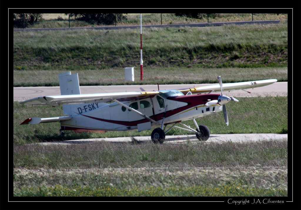 Pilatus PC-6/B2-H4 D-FSKY.