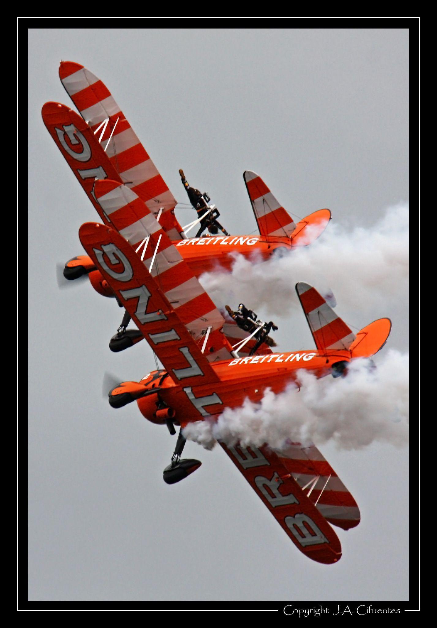Boeing Stearman de Breitling Wingwalkers.