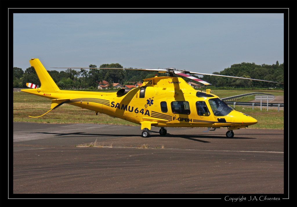 Agusta A-109 E Power (F-GPBH).