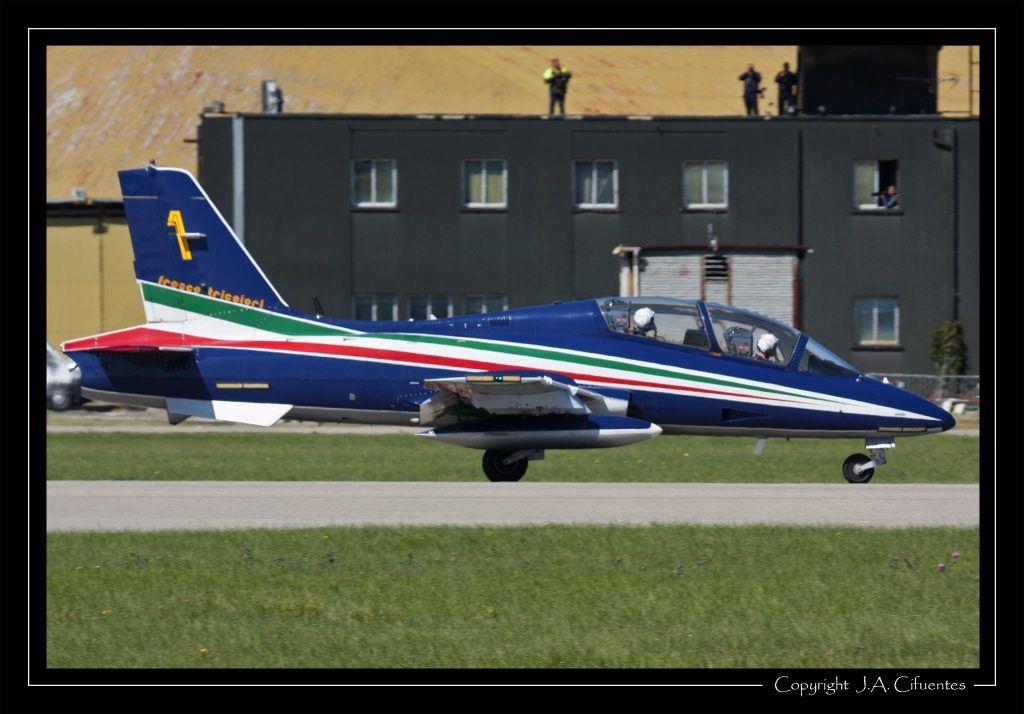 """Aermachi MB.339PAN """"Frecce Tricolori"""" - Aeronautica Militare."""