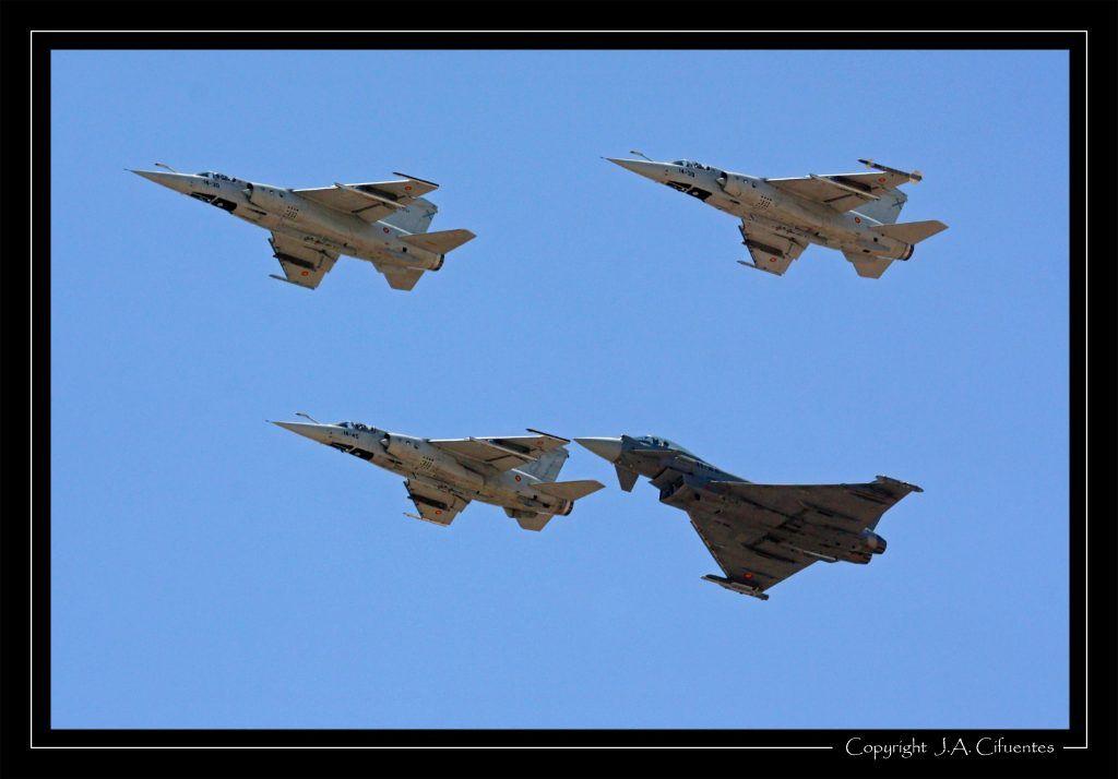 "Dassault Mirage F-1 y Eurofighter ""Typhoon"" del Ala 14 del Ejercito del Aire."