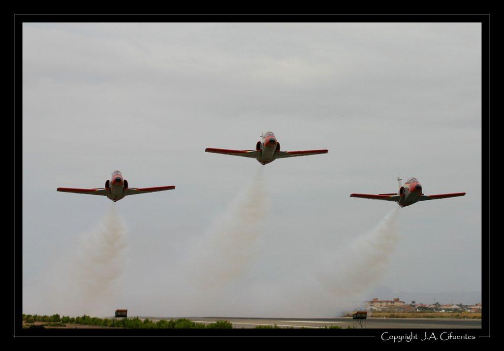 """CASA C-101 Aviojet de la """"Patrulla Aguila"""" del Ejercito del Aire."""