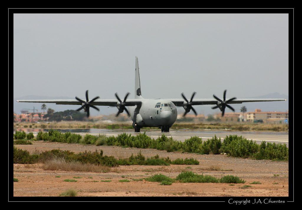 Lockheed Martin C-130J-30 Hercules de la Fuerza Aérea Italiana.