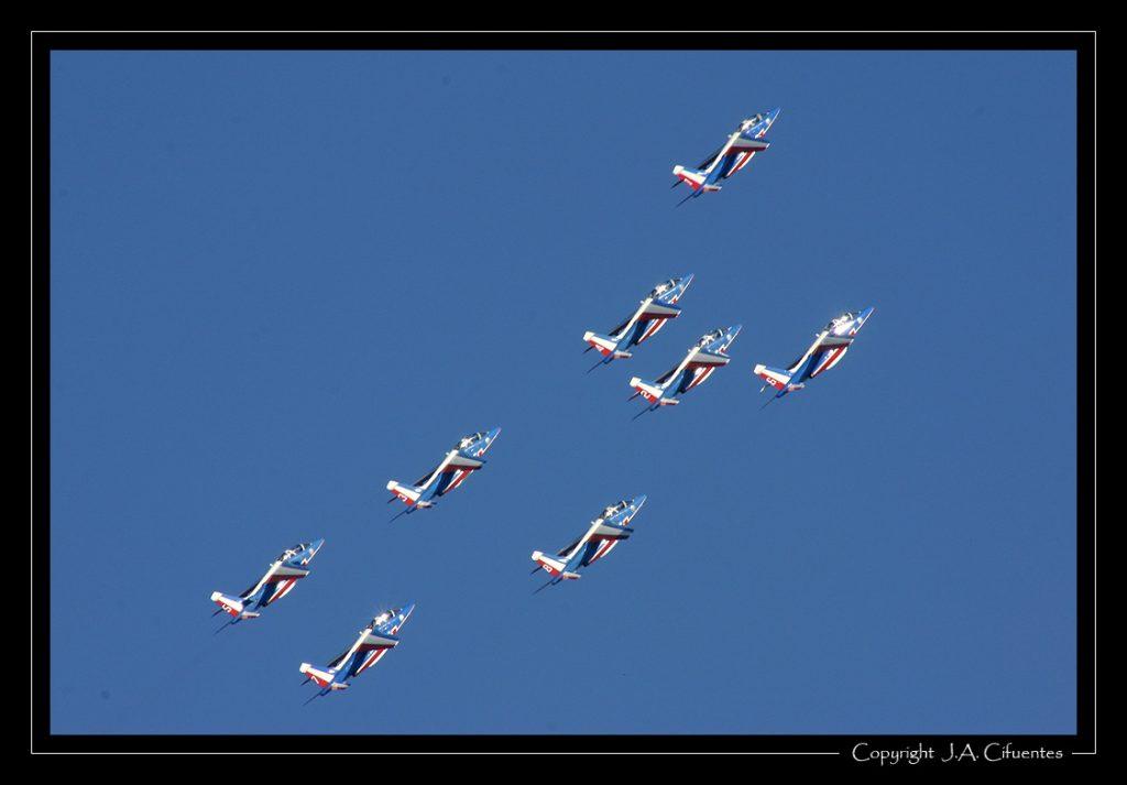 """Dassault-Breguet/Dornier Alpha Jet de la """"Patrouille de France"""" de l'Armée de l'Air."""