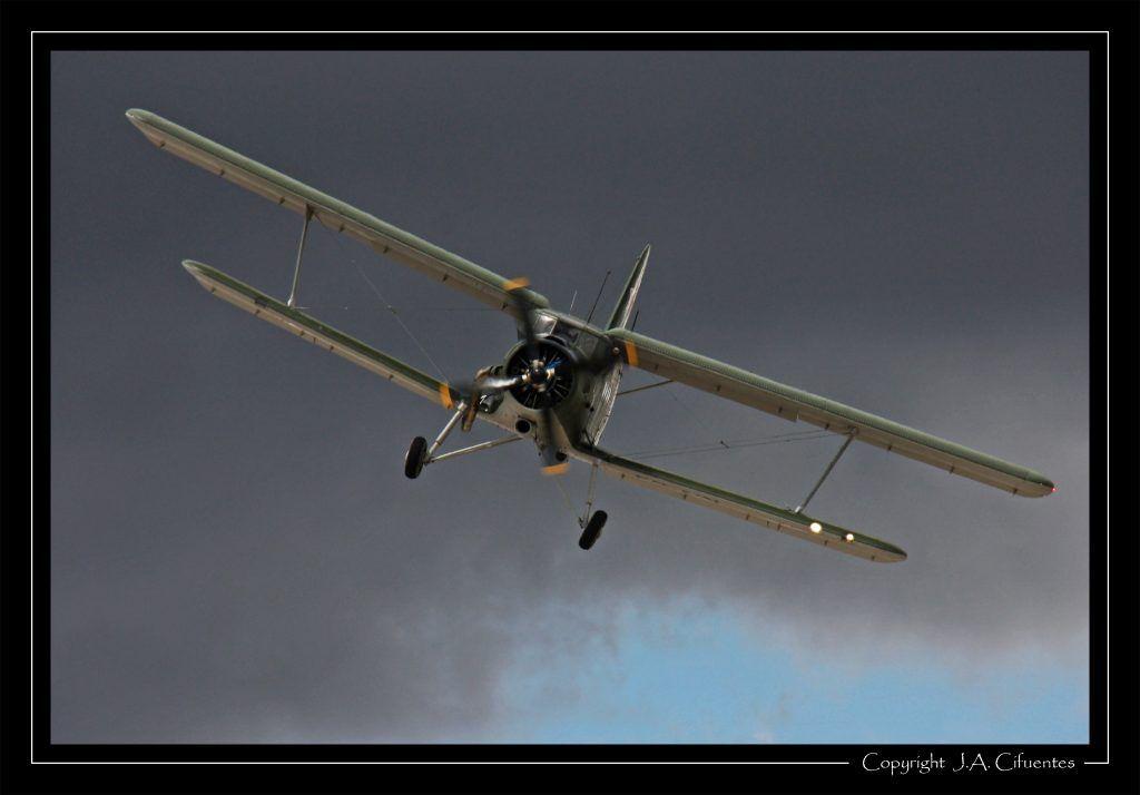 Antonov An-2 (SP-AIN).