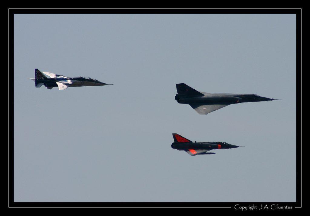 Dassault Mirage IVP, Sepecat Jaguar A y Dassault Mirage IIIR de l'Armée de l'Air.