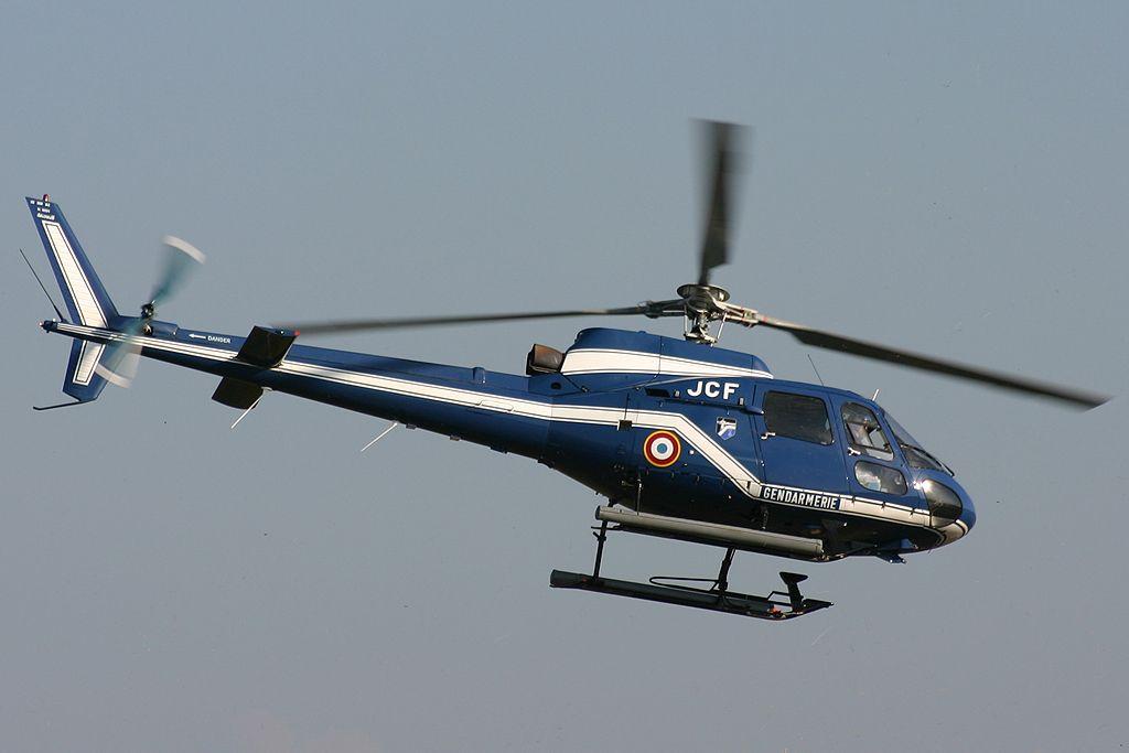 Écureuil AS350 de la Gendarmerie.