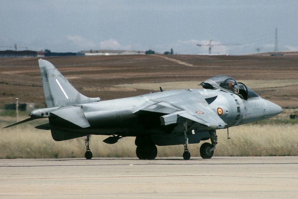 McDonnell Douglas AV-8B Harrier de la Armada Española.