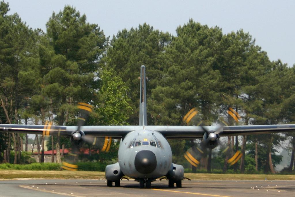 Transall C160R R99 / 61-ZQ de l'Armée de l'Air.