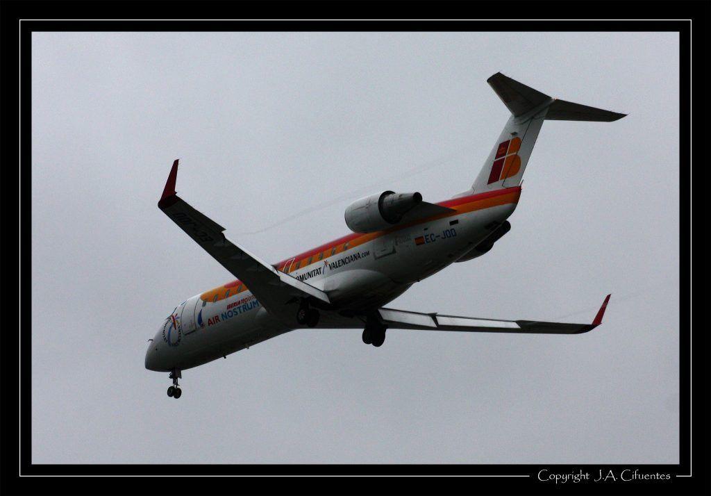 Bombardier CRJ-200ER de Air Nostrum (EC-JOD).