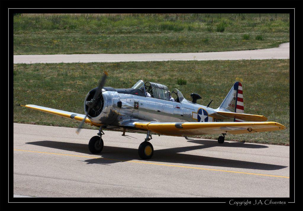 North American AT-6D Texan de la Fundació Parc Aeronautic de Catalunya.